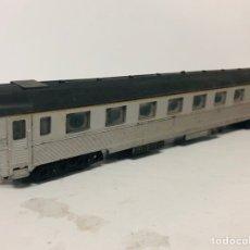 Trenes Escala: VAGON DE PASAJEROS LIMA H0 COLOR GRIS 27 CMS. Lote 142931817