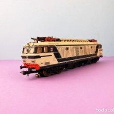 Trenes Escala: LIMA LOCOMOTORA H0 AC 2204. Lote 142992102