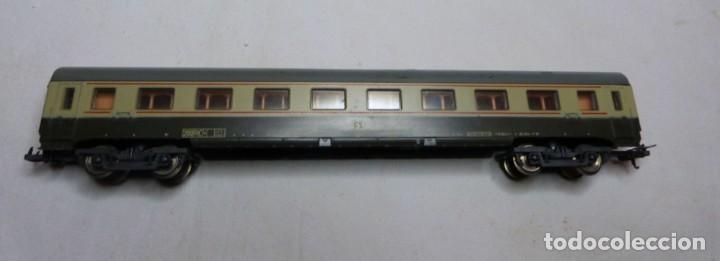 Trenes Escala: VAGON LIMA H0 REF. 9138 Y TRES TRAMOS RECTOS 222 MM - Foto 2 - 151463954