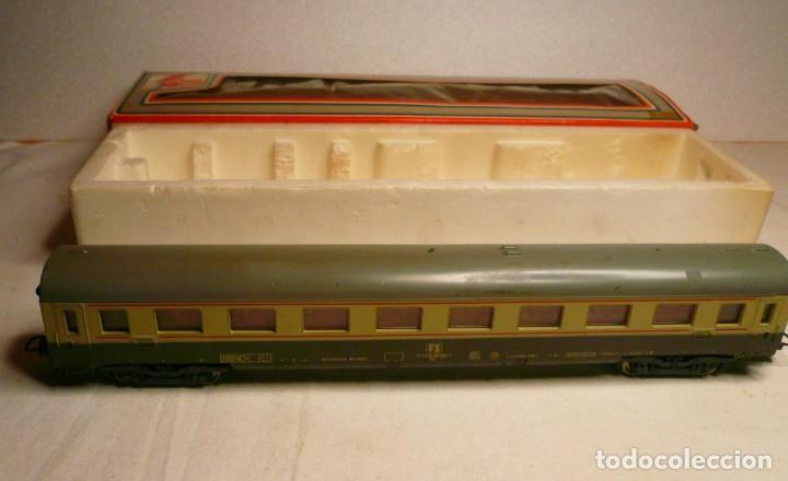 Trenes Escala: VAGON LIMA H0 REF. 9138 Y TRES TRAMOS RECTOS 222 MM - Foto 7 - 151463954