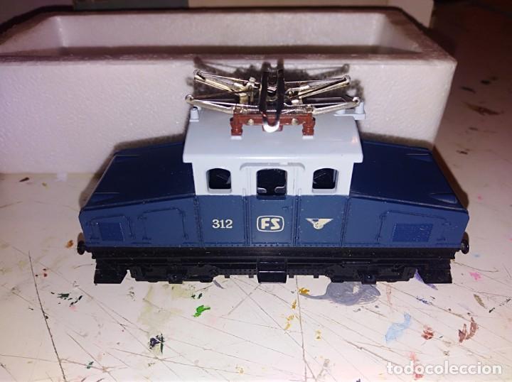 Trenes Escala: Locomotora lima h0 con caja original ref. 3109 - Foto 3 - 153833170
