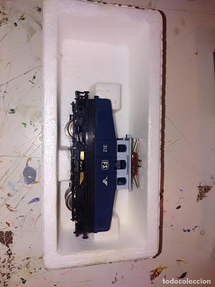 Trenes Escala: Locomotora lima h0 con caja original ref. 3109 - Foto 4 - 153833170
