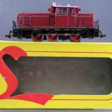 Trenes Escala: LOCOMOTORA MARKLIN H0 DIESEL CORRIENTE ALTERNA V60 1009 CON CAJA DE LIMA FUNCIONA. Lote 167799956