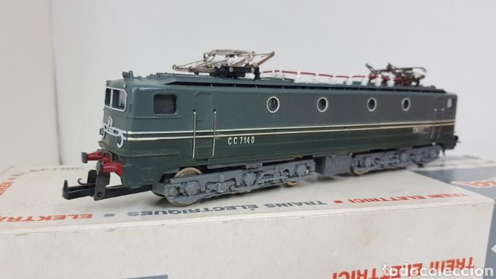 Trenes Escala: Lima 8029 cl locomotora de la SNCF francesa de color verde plástico CC 714 0 escala H0 de 22,5 cm - Foto 2 - 178869208