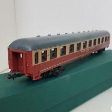 Trenes Escala: VAGÓN LIMA TRANS EUROPE EXPRESS DE PASAJEROS ESCALA H0 DE 27 CM COLOR CREMA Y GRANATE. Lote 181486960