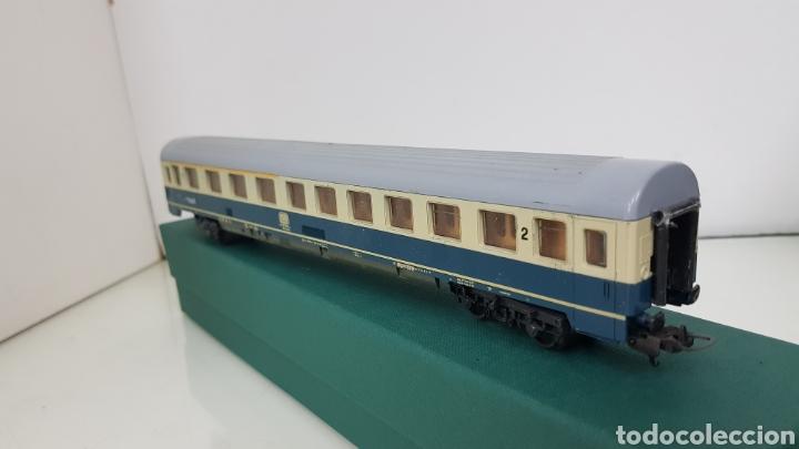 Trenes Escala: Lima vagón de segunda clase y primera de la de B alemana verde y crema de 27 cm escala H0 corriente - Foto 3 - 181488856