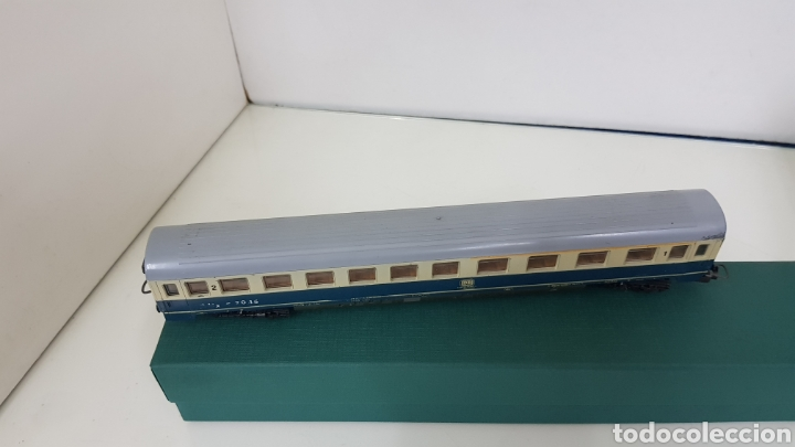 Trenes Escala: Lima vagón de segunda clase y primera de la de B alemana verde y crema de 27 cm escala H0 corriente - Foto 6 - 181488856