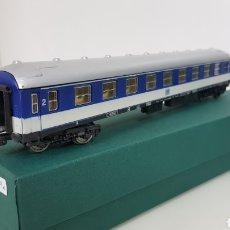 Trenes Escala: VAGÓN DE PASAJEROS DE SEGUNDA CLASE LIMA DE LA DB ALEMÁN ESCALA H0 CORRIENTE CONTINUA DE 27 CM. Lote 181490097