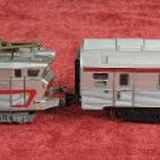 Trenes Escala: LOCOMOTORA LIMA Y VAGÓN DE VIAJEROS. CC 40101. ITALIA. CIRCA 1970. . Lote 196468728