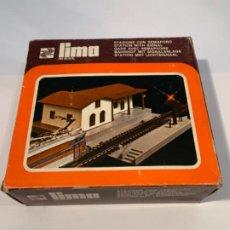Trenes Escala: LIMA. HO. REF 046 ESTACION CON SEMAFORO. Lote 198097786