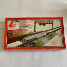 Trenes Escala: LIMA. HO. REF 600025 PASO NIVEL CON SEMAFOROS. Lote 200534882