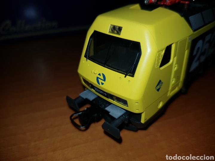 Trenes Escala: LIMA HO L208623 LOCOMOTORA RENFE 252 DIGITAL - Foto 5 - 218933770