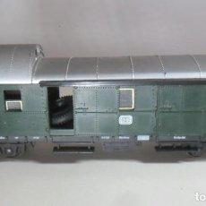 Trenes Escala: H0 - LIMA - VAGON DE MERCANCIAS, PUERTAS CORREDERAS, CARGA DE NEUMATICOS. Lote 219276176