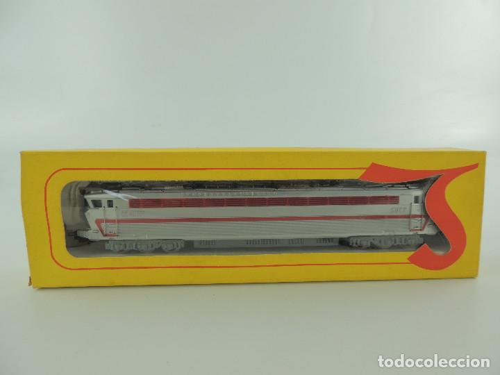 LOCOMOTORA LIMA 1022 CL ESCALA HO EN SU CAJA ORIGINAL (Juguetes - Trenes a Escala H0 - Lima H0)