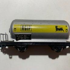 Trenes Escala: VAGÓN CISTERNA DE TREN ELÉCTRICO ESCALA H0 AGIP LIMA. Lote 235962570