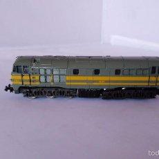Trenes Escala: LOCOMOTORA RENFE LIMA ESCALA N 2160. Lote 56938962