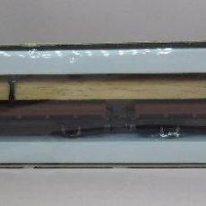 Trenes Escala: LIMA N - REF. 8321 - 2 VAGÓN PLATAFORMA CON CARGA - CON CAJA ORIGINAL. Lote 89622856