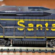 Trenes Escala: LOCOMOTORA DIESEL AMERICANA DE LA SERIE EMD-7 NÚMERO 5426 SANTA FE DE LIMA, ESCALA N. Lote 98395267