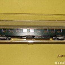 Trenes Escala: ANTIGUO COCHE DE VIAJEROS DE RENFE 1ª CLASE EN ESCALA *N* REF. 364 DE LIMA. Lote 151902230