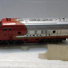 Trenes Escala: LIMA LOCOMOTORA DIESEL SANTA FÉ ESCALA N EN BLISTER ORIGINAL . Lote 195231202