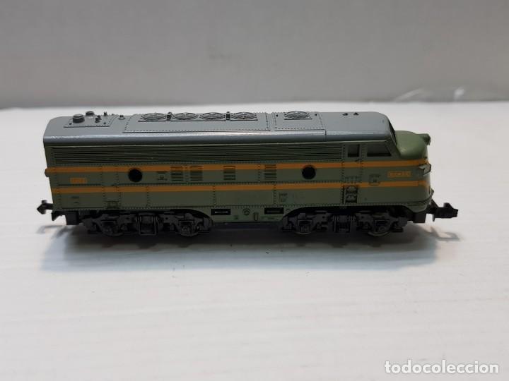 Trenes Escala: LIMA Locomotora Diesel Renfe 1003 escala N en blister - Foto 2 - 195231865
