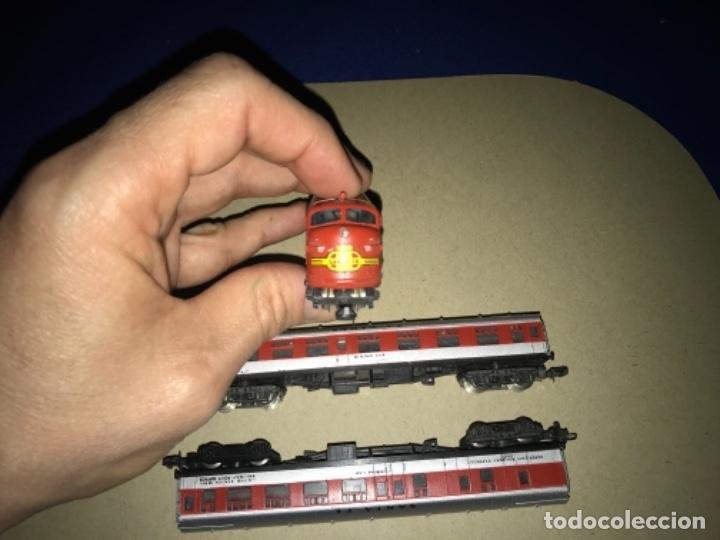 Trenes Escala: LOCOMOTORA MEHANO, SANTA FE, ESCALA N Y 2 VAGONES - Foto 12 - 204804158