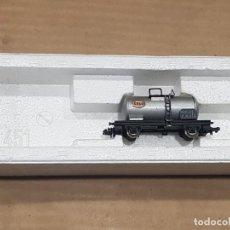 Trenes Escala: VAGÓN CISTERNA ESSO CON CAJA. Lote 233849665