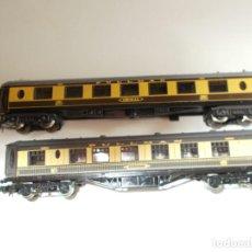 Trenes Escala: 2 VAGONES LIMA - FERROCARRILES INGLESES - SIN SEÑALES DE USO. Lote 245441200