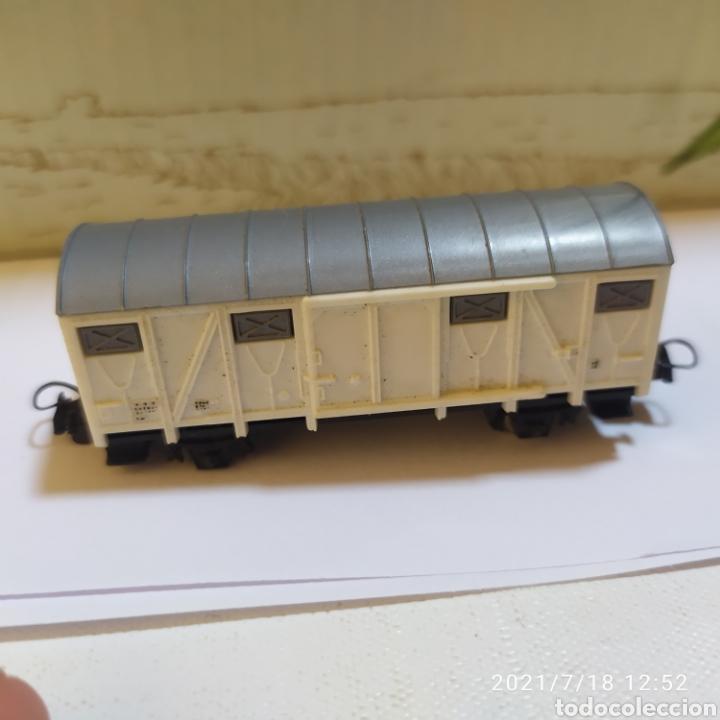 Trenes Escala: vagon mercancias blanco lima escala n falta un par de ruedas - Foto 2 - 276137533