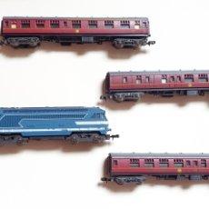 Trenes Escala: LOCOMOTORA +3 VAGONES LIMA MADE IN ITALY. Lote 287331888