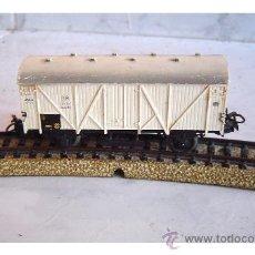 Trenes Escala: MARKLIN - VAGON MERCANCIAS BLANCO CERRADO. Lote 28627216