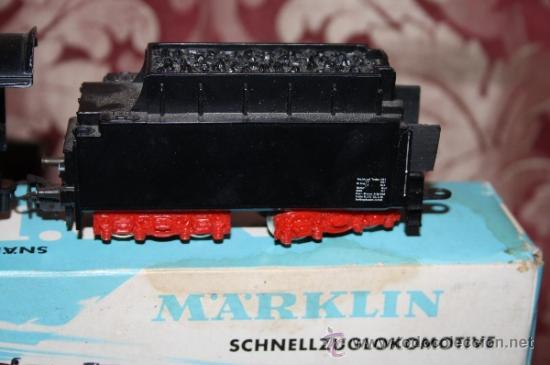 Trenes Escala: IMPRESIONANTE LOTE DE MARKLIN - CON 9 LOCOMOTORAS, 28 VAGONES, VÍAS Y MANUALES - Foto 7 - 163049145