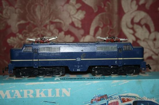 Trenes Escala: IMPRESIONANTE LOTE DE MARKLIN - CON 9 LOCOMOTORAS, 28 VAGONES, VÍAS Y MANUALES - Foto 9 - 163049145