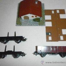 Trenes Escala: LOTE DE 3 VAGONES DE MERCANCIAS MARKLIN CASA DE REGALO. Lote 37055433