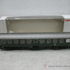 Trenes Escala: MARKLIN 42101- COCHE DE PASAJEROS 2º Y 3º CLASE -ESCALA HO-. Lote 38357138