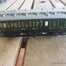 Trenes Escala: VAGON MODELO 330/1 EN METAL CON LUZ MARKLIN HO . Lote 130148124
