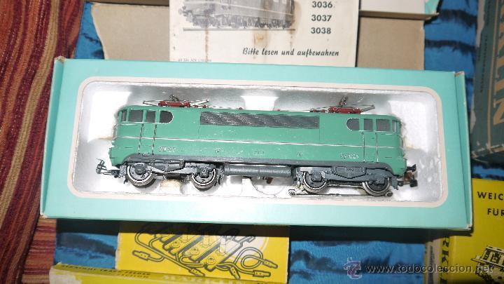 Trenes Escala: FANTASTICO LOTE DE MARKLIN HO, COMPLETO,UN LUJAZO,INCLUYE LOCOMOTORA ELECTRICA REF 3038,VER FOTOS. - Foto 15 - 49168459