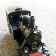 Trenes Escala: LOCOMOTORA MARKLIN 3029 VAPOR H0. Lote 50823917