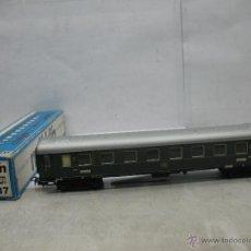 Trenes Escala: MARKLIN REF: 4037 - COCHE DE PASAJEROS DE LA DB METÁLICO 14208 - ESCALA H0. Lote 52978417