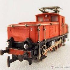 Trenes Escala: MÄRKLIN LOCOMOTORA SERIE 800 H0. Lote 71576989