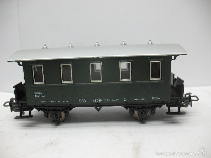 Trenes Escala: Marklin Ref: 4007 - Coche de pasajeros de la OBB 46 045 de plástico - Escala H0 - Foto 2 - 56605530