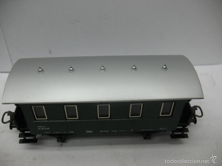 Trenes Escala: Marklin Ref: 4007 - Coche de pasajeros de la OBB 46 045 de plástico - Escala H0 - Foto 3 - 56605530