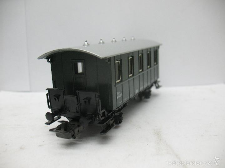 Trenes Escala: Marklin Ref: 4007 - Coche de pasajeros de la OBB 46 045 de plástico - Escala H0 - Foto 4 - 56605530