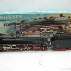 Marklin 3048 - Locomotora de vapor 01097 con tender digitalizada - Escala H0