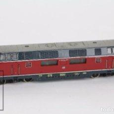 Trenes Escala: LOCOMOTORA DIÉSEL ELÉCTRICA - MARKLIN 3921 - DB V200056 - TREN ESCALA H0. Lote 221863355