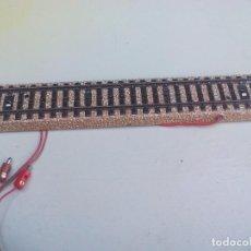 Trenes Escala: MÄRKLIN REF. 5106 ESCALA H0 . VÍA RECTA CON CABLES TOMA, CONEXIÓN. DE TREN. Lote 95671923