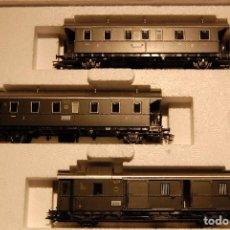 Trenes Escala: 3 VAGONES DE PASAJEROS ESCALA H0.DE LA MARCA MARKLIN NUEVOS EN SU CAJITA ORIGINAL.. Lote 103505267