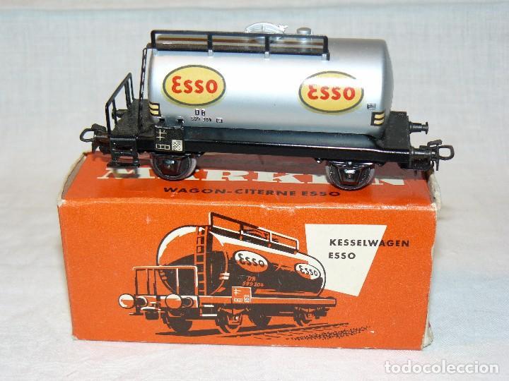 Trenes Escala: MARKLIN Vagon Cisterna ESSO DB Ref. 4501 gris, dos ejes, Escala H0 1:87 - Foto 2 - 104316143