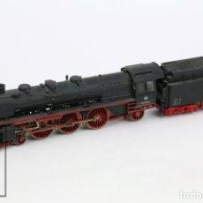 Trenes Escala: LOCOMOTORA DE TREN CON TÉNDER - MARKLIN DB 003160-9 - REF. 3085 - ESCALA H0 - ALEMANIA. Lote 110530843