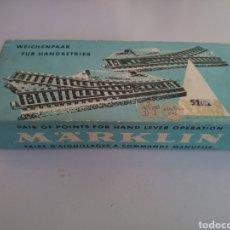 Trenes Escala: PAREJA DE DESVÍOS MARKLIN MANUALES 5121. Lote 113149038